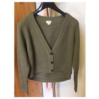 Aritzia wilfred cropped sweater (Size M)