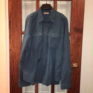 AUTHENTIC LIKE NEW BURBERRY BUTTON UP