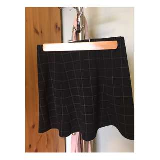 American Apparel Grid Skirt (Size S)