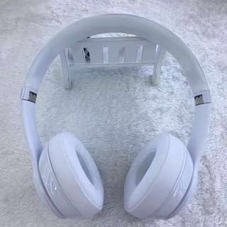 Beats Solo 3 Wireless White Headphones