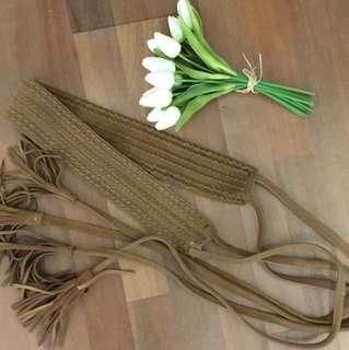Seed brown suede wrap belt