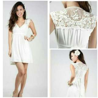 INTOXIQUETTE THE COTTAGE LACE SWEETHEART DRESS IN WHITE