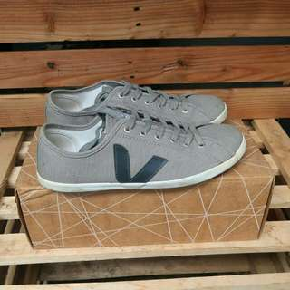 Veja taua grey made in brazil
