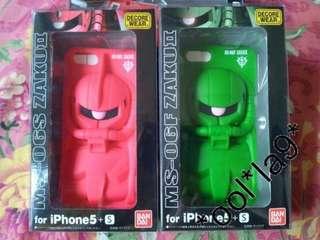 iPhone SE 5 s CASE 軟膠啞面 GUNDAM ZAKU 紅渣古 3D 立體感 日本進口日本直送