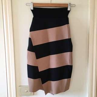 SALE Witchery Camel/black Knit Skirt -size 4