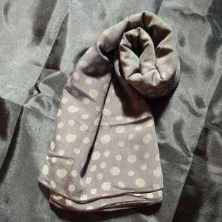 Hijab square polka