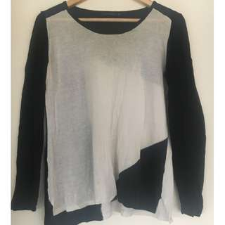 Portmans Black & White Light Knit Top - Size S