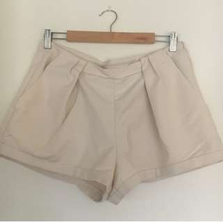 Zara Pleat Shorts - Size 10