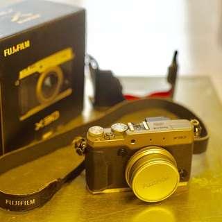 Fujifilm x30 point and shoot camera