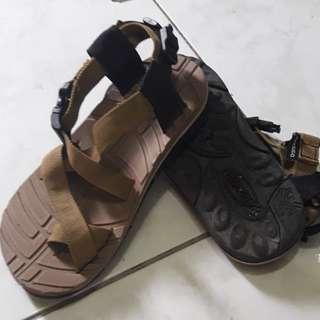 Sandugo sandals