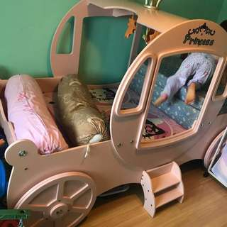 2 kids beds - FURTHER REDUCED PRICE!! MUST GO!
