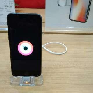 iPhone di iBox Botani Square