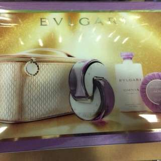 Bvlgari Omnia Amethyste perfume set with pouch
