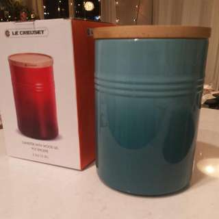 Le Creuset 2.3L Canister With Wood Lid Pot