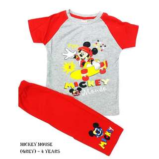 Boy Clothing Set - Mickey Mouse (4 years)