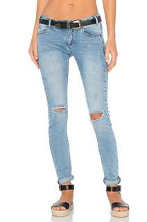 26 One Teaspoon Hoodlums Jeans