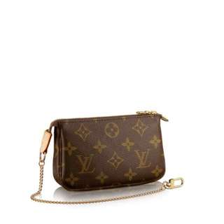 Louis Vuitton Mini Pochette Accessorises