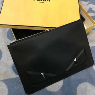 💯 AUTHENTIC Ready Stock Fendi Clutch .
