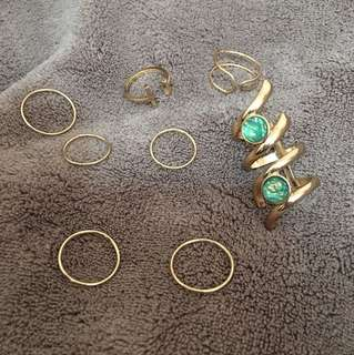 Set of 8 rings