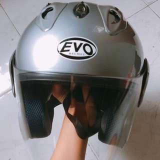 EVO Silver Gloss Helmet