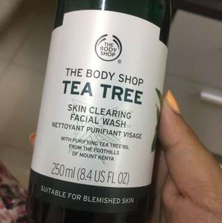 The Body Shop Tea Tree Cleanser
