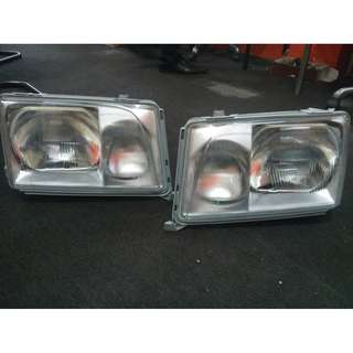 HEADLIGHT NEW W124 1 SET NEW