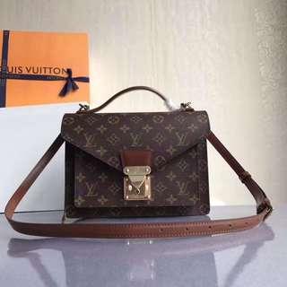 LV Pochette sling bag