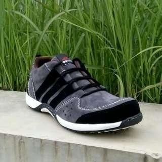 Adidas Felix Safety Suede
