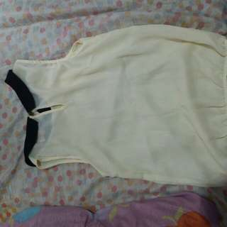 Candie's Sleeveless top