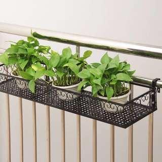 Instock! BNIB 🌺Flower metal racks in black for balcony/ corridor