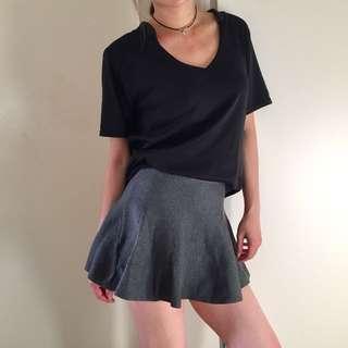 Knit grey skirt