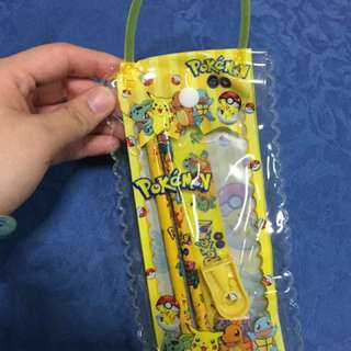 Instocks Cute Pokémon Pikachu pencil case set