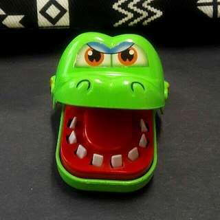 Crocodile Teeth Toy