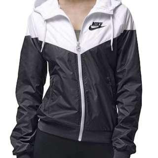 Nike Windbreaker Jacket XS (Size 6)