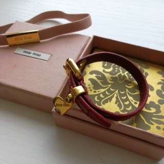 miu miu red leather bracelet