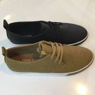 Canvas synthetic shoes
