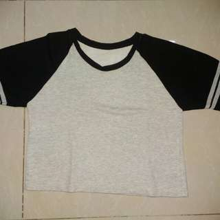 Crop top. Black and gray