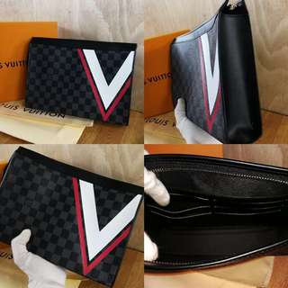 LV Luxury Clutch with 4 Design