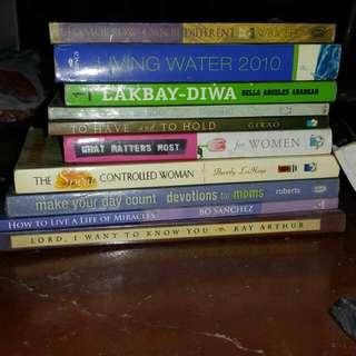 Random inspirational books.