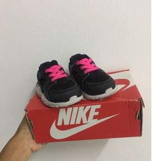 Authentic Nike huarache