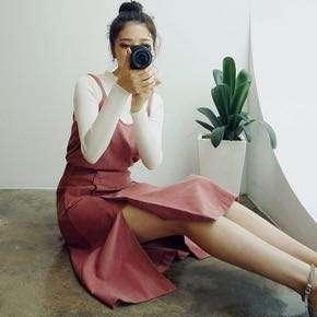 @衣櫥出清-乾燥玫瑰色三件式雙肩帶排釦開衩長裙 set