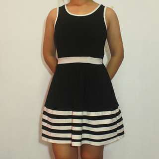 Black & White Casual Dress (Repost)