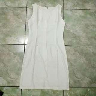 Dress putih polos
