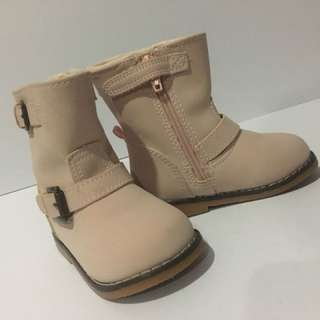 Girls Boots (kids 2y-3y)
