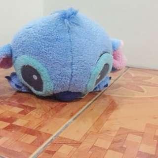 Stitch lying @ cute ear