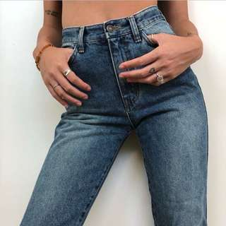 Mum Jeans (High Waisted)