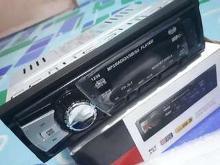 Auto Radio USB FM MP3 CDX-GT1236
