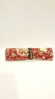 New Red Fabric 4-Pen Roll Case