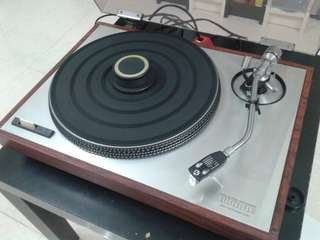 Turntable (Made in Japan) 唱机