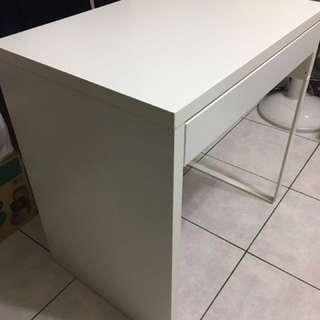 Ikea Mickey 書桌